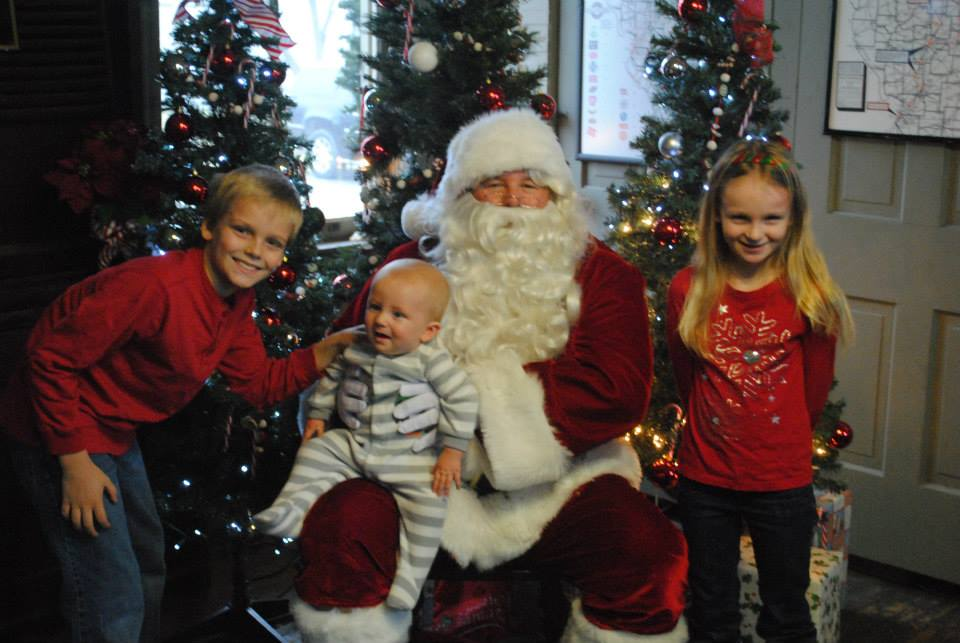 Santa at the Monticello Depot